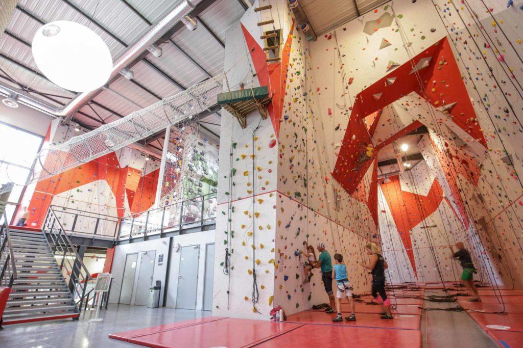 Salle D Escalade Climb Up Aix Bouc Bel Air Sae A Bouc Bel Air